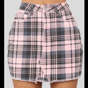 Fashion Nova pink and black checkered mini skirt
